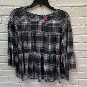 Vince Camuto tiered plaid bell sleeve blouse Med